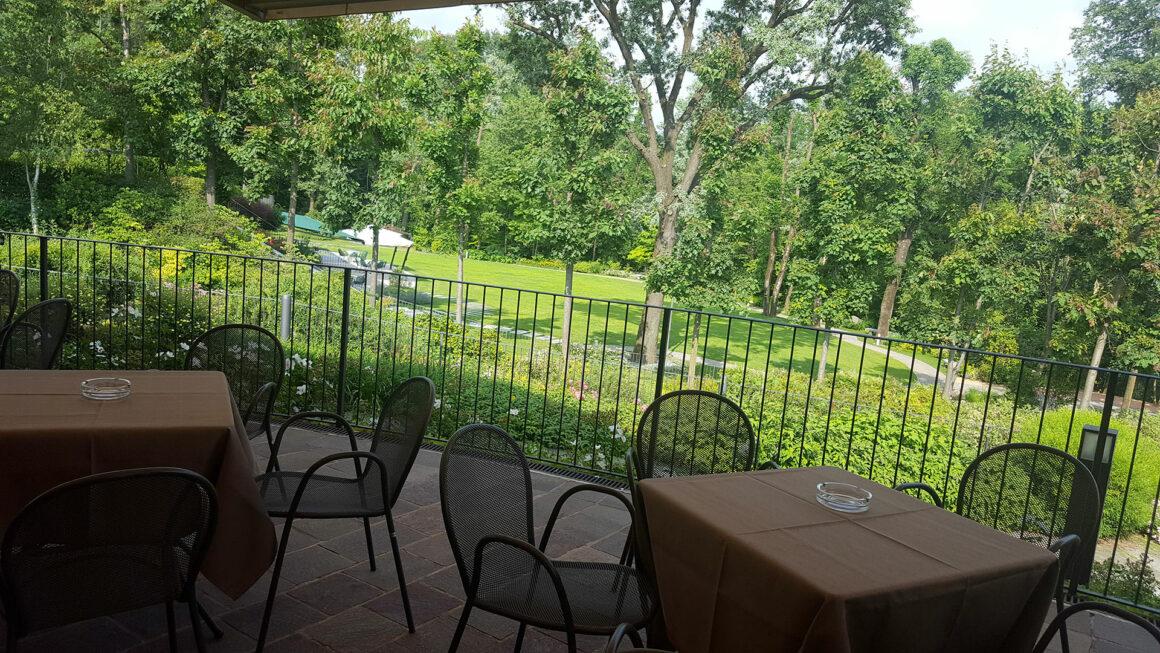ristorante con ampi spazii per matrimonio